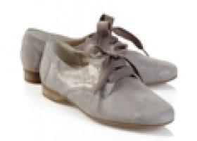Auch sensible Füße mögen es modisch: Die neuen Hallux-Schuhtrends von Avena
