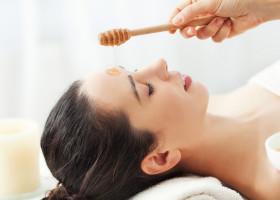Süßes Beauty-Geheimnis: Honig für die Haut