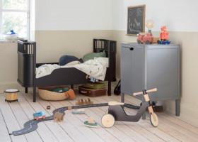"""Das Sebra Bett, Baby & Jr. jetzt neu aus FSC™-zertifiziertem Holz in der """"Black Wooden Edition"""""""