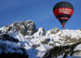 Teambuildingmaßnahmen der Extraklasse durch eine Ballonfahrt mit Hanseballon
